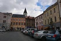 Přerovská radnice zvažuje prodej chátrajících historických domů