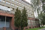 Bývalá drážní budova v Tovární ulici v Přerově, kde je sociální ubytovna