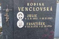 Městský hřbitov v Přerově - hrob světoznámého plavce Františka Venclovského