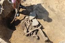 Archeologové odkryli v Předmostí i druhou kostru - muže ze starší doby bronzové