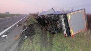 Tragická srážka volkswagenu s kamionem u Horní Moštěnice