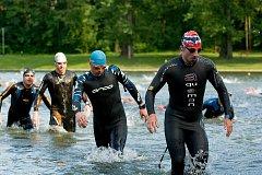 Triatlonový závod Mamutman 2018 na přerovské Laguně. Foto: Deník/Jan Pořízek