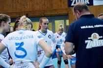 Volejbalistky Přerova (v bílém). Olivia Ruseková