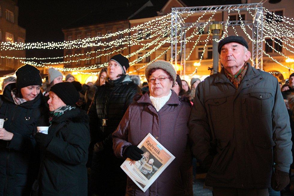 Česko zpívá koledy 2019 na náměstí TGM v Přerově