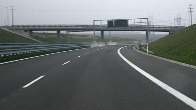 Nově otevřená dálnice D1 Lipník - Přerov. Úsek Přerov - Říkovice je stále v nedohlednu