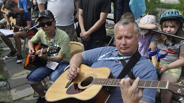 Kytarový rekord v Přerově