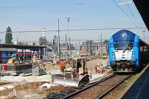 Oprava druhého nástupiště v Přerově
