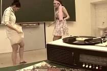 Z originální videopozvánky na maturitní ples oktávy přerovského Gymnázia Jana Blahoslava