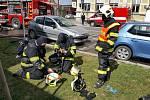 Požár ve výrobně hraček v Lipníku nad Bečvou, ke kterému došlo v pondělí 30. března