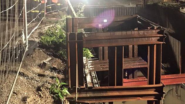 Vydatné srážky zatopily v Přerově rozestavěné šachty kanalizace