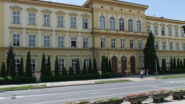 Gymnázium Jakuba Škody