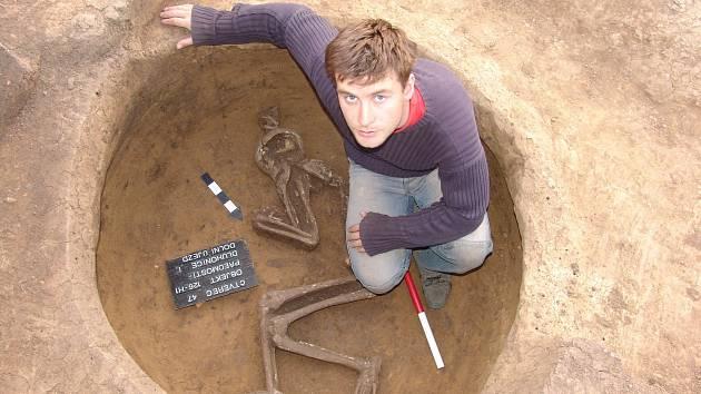 Foto: Archiv Zdeňka Schenka. Archeologický výzkum prováděli badatelé v Předmostí už před lety.