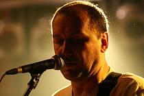 Baskytarista a zvukový mistr Petr Vavřík