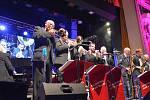 Sobotní koncert Československého jazzového festivalu v Přerově, který se konal v předvečer oslav stého výročí vzniku samostatného Československa, se nesl v duchu oslav česko-slovenské vzájemnosti. Na pódiu vystoupil přerovský orchestr Academic Jazz Band a