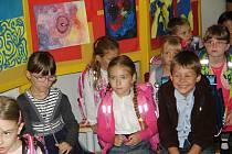 Do školních lavic usedli poprvé také žáci na Základní škole Za mlýnem v Přerově. Nejdříve ale museli projít slavnostním pasováním.