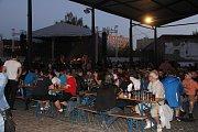 Vrcholem narozeninových oslav přerovského pivovaru byla v pátek večer kapela Tři sestry. Na její koncert dorazily davy lidí.