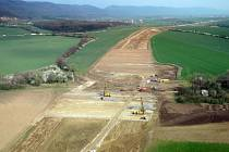 Stavba nového ostře sledovaného úseku dálnice D1 Trnávka – Přerov