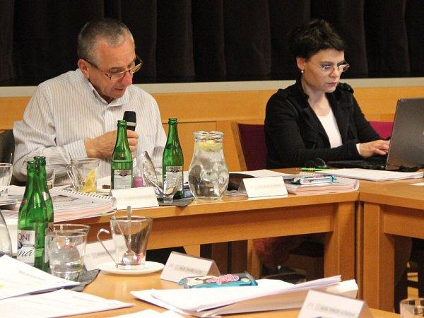 Jednání zastupitelstva vLipníku nad Bečvou