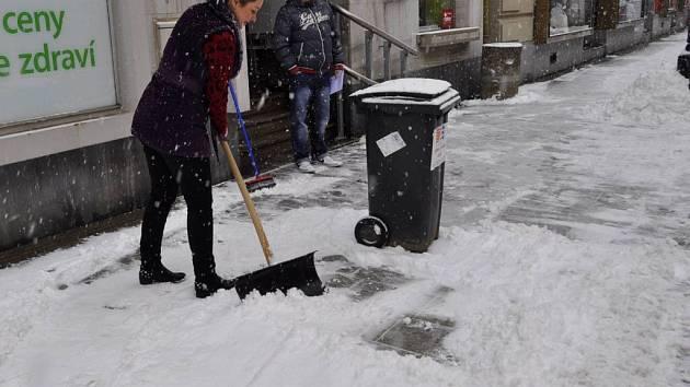 Sněhová nadílka v přerovských ulicích