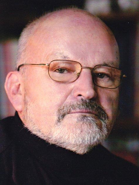 Historik František Hýbl, který je autorem nové publikace omasakru na Švédských šancích