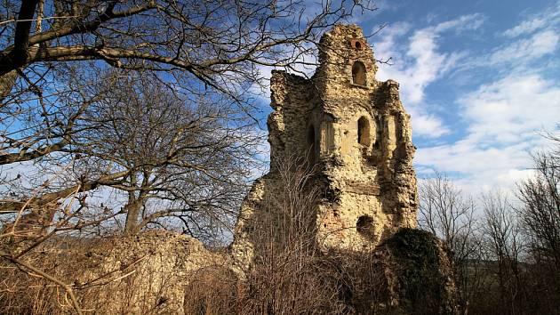 """Výstava s názvem """"Příběhy hradů"""" začne ve středu 1. března v prostorách Muzea Komenského v Přerově."""