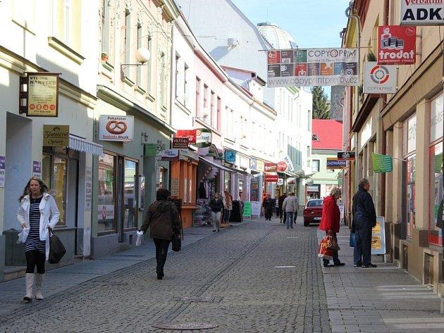 Jiráskova a Wilsonova ulice září čistotou