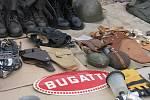 Burza veteránů v areálu letiště v Drahotuších