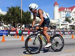 Přerovský triatlonista Jaroslav Hýzl se v Jihoafrické republice pošesté v kariéře kvalifikoval na vyhlášený závod Ironman na Havaji.