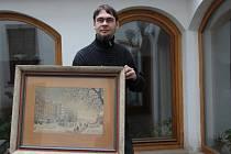 Unikátní kousky z pozůstalosti po Josefu Lipnerovi, majiteli někdejšího věhlasného hotelu Grand u nádraží v Přerově. K nejvzácnějším exponátům patří obraz Antonína Kubáta (na snímku)