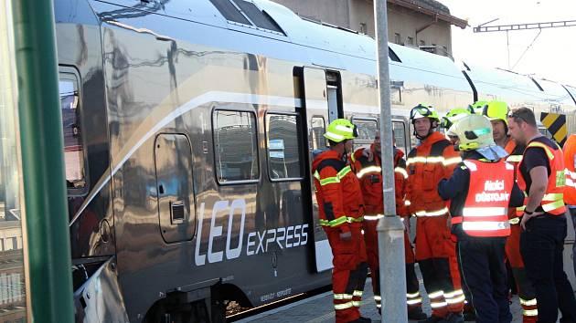 Havárie LeoExpressu na nástupišti přerovského nýádraží