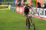 Hranický biker Karel Hartl dojel do cíle devátý.