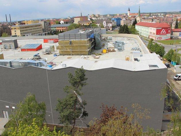 Stavba obchodní galerie Přerov - 28. dubna 2016