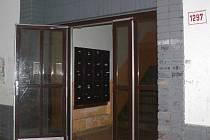 Nechvalně proslulá budova s popisným číslem 1297 na Bělotínské ulici v Hranicích.