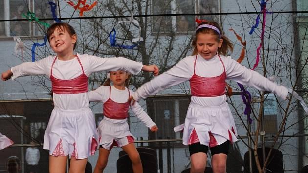 Mateřídouška na náměstí T. G. M. v Přerově. Ilustrační foto