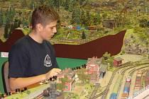 Zmenšené modely vlaků, které kopírovaly realitu v měřítku 1: 87, přilákaly hned první den expozice přes tisíc lidí.