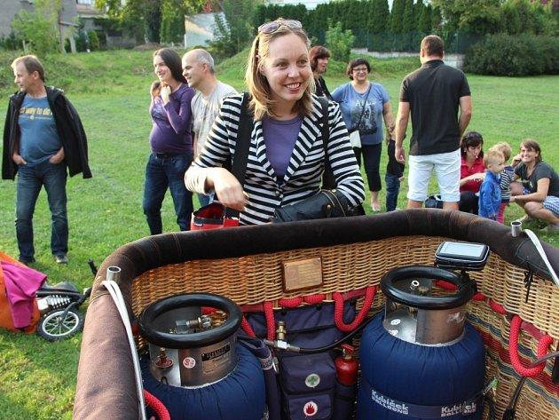 Redaktorka Deníku absolvovala zhruba padesátiminutový let balonem z Přerova do Dubu nad Moravou.