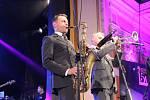 Jedním z vrcholů závěrečného večera Československého jazzového festivalu v Přerově byla britská kapela Matt Bianco a New Cool Colective.