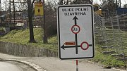 Uzavírka Polní ulice v Přerově.