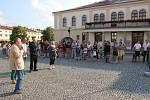 Venkovní výstavu Kov ve městě otevřela v pátek 8. června slavnostní vernisáž v centru Lipníku nad Bečvou