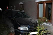 Nehoda opilého řidiče v Penčicích
