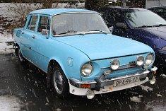 V Čekyni se v pátek odpoledne dražil historický skvost - Škoda 110 L