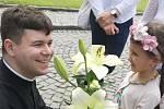 Snímek z primiční mše novokněze Josefa Hováda v Říkovicích