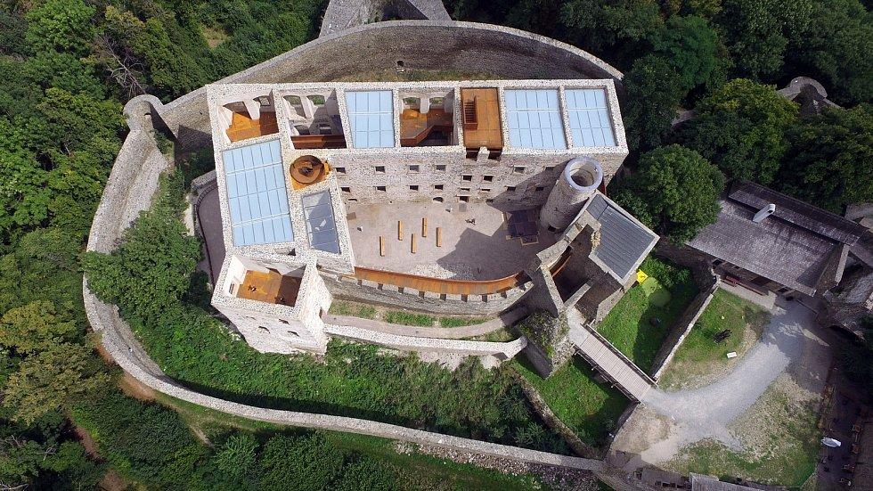 Hrad Helfštýn po náročné rekonstrukci renesančního paláce, v srpnu 2020