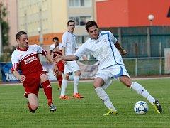 Fotbalisté Přerova (v bílém) proti Bystřici nad Pernštejnem