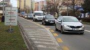 Po uzavření Polní ulice byl v pondělí ráno provoz v centru Přerova plynulý. Kamiony se totiž do města vůbec nedostaly.