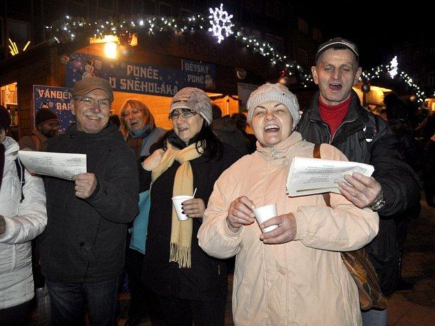 11.12.2013. Česko zpívá koledy na náměstí TGM v Přerově