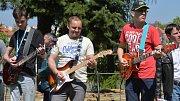 Velká kytarová párty u přerovských hradeb 1. května 2017