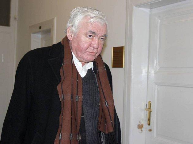 Katolický kněz Vladimír Krejsa u přerovského soudu