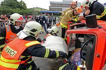 Soutěž ve vyprošťování zraněných z havarovaných aut