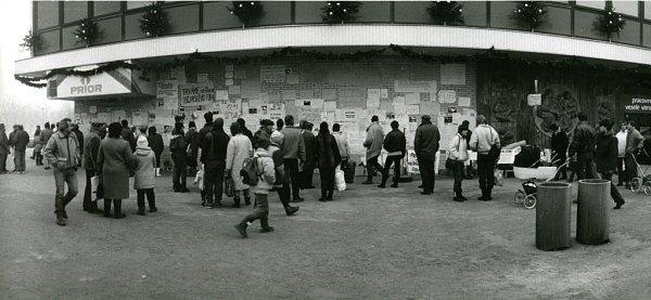 Přerované se vlistopadu 1989scházeli ukina Hvězda, kde probíhaly mítinky.